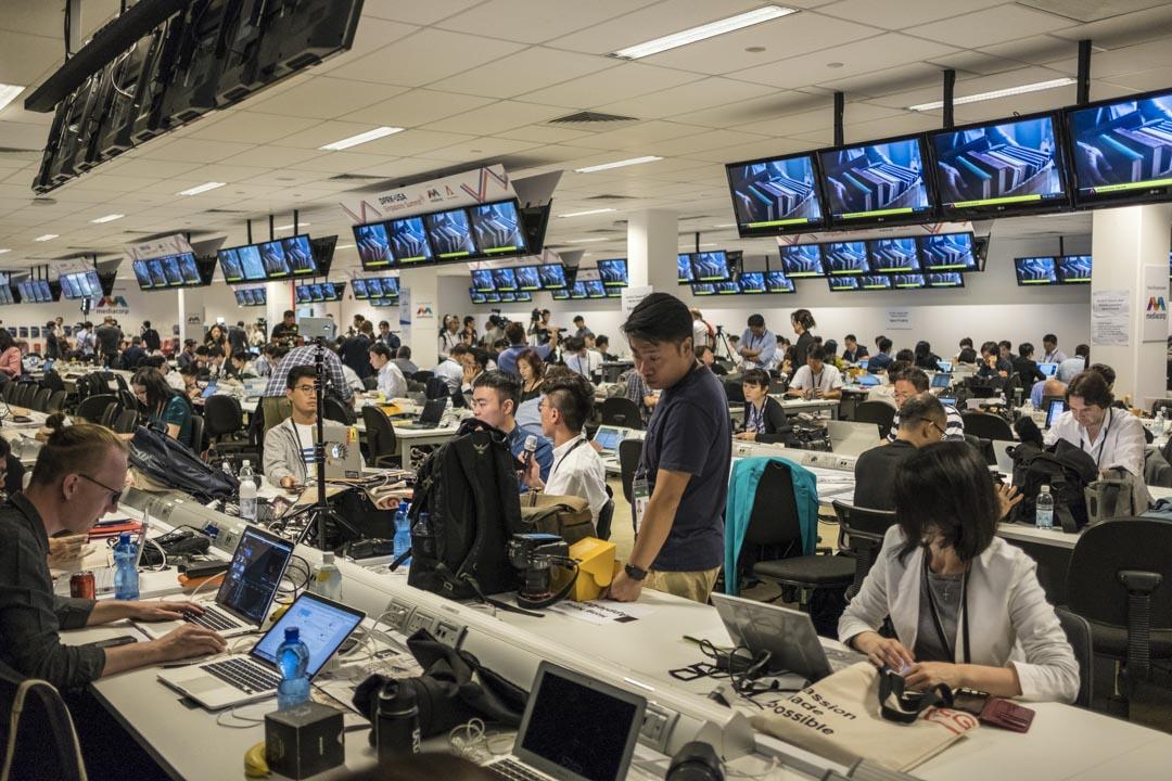 2018年6月12日,朝美峰會期間,新加坡媒體中心內的記者。