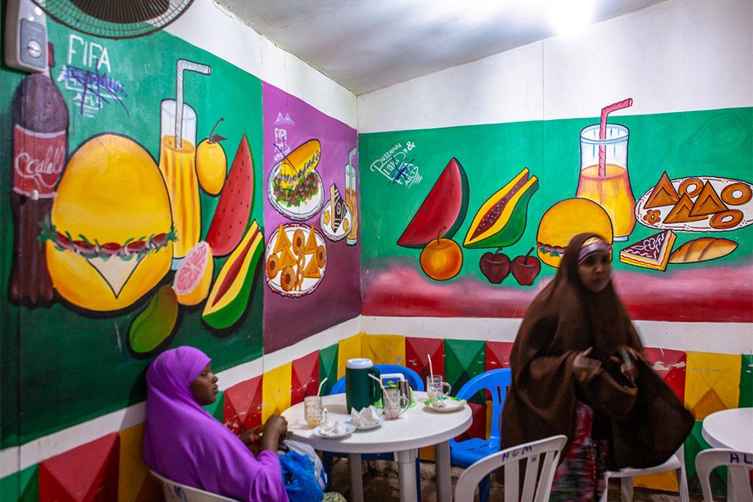 2011年11月18日索馬利蘭哈爾格薩的一家餐館。