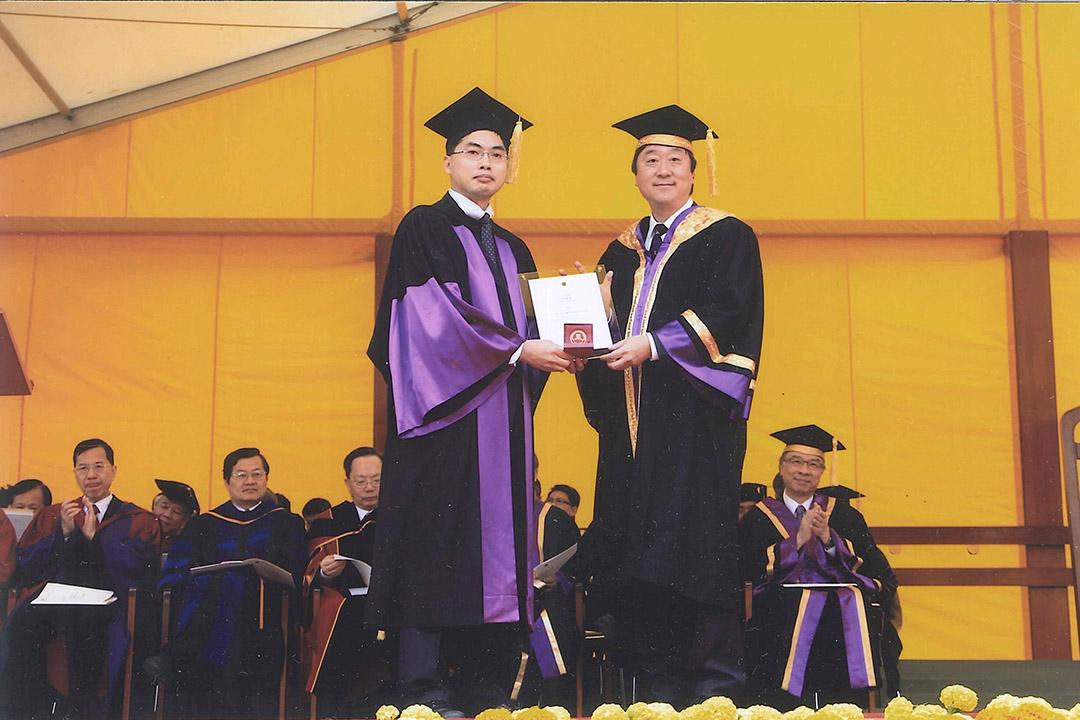郉福增獲範模教學獎。