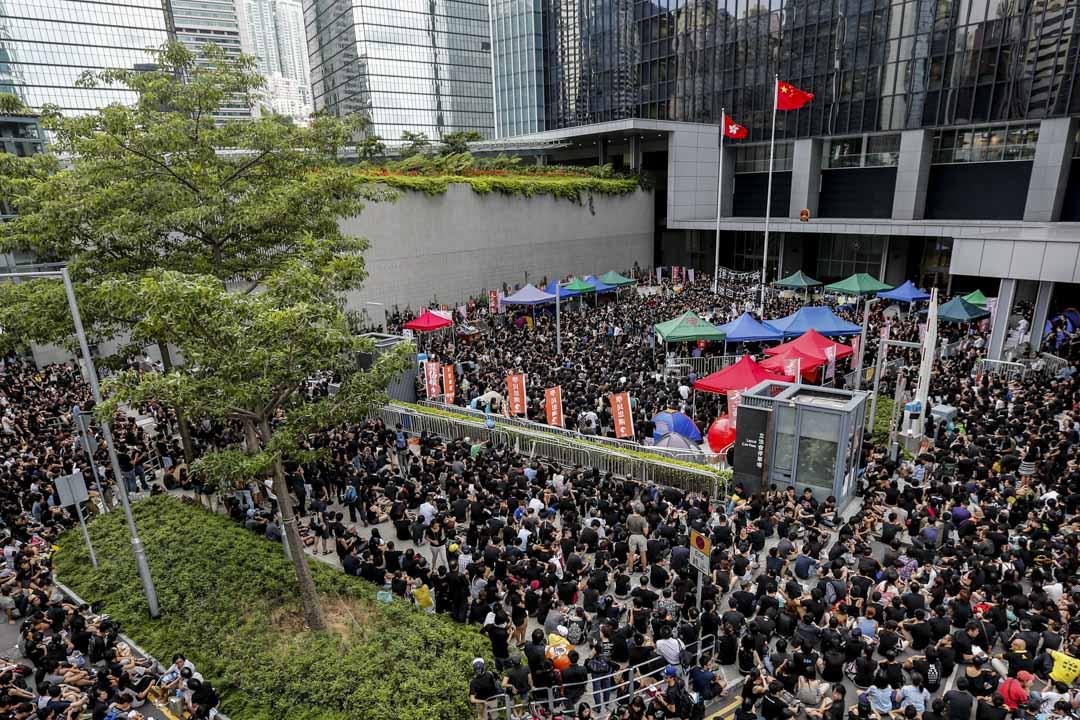 2012年8月26日,「反國民教育」運動期間,大量市民在政府總部請願。