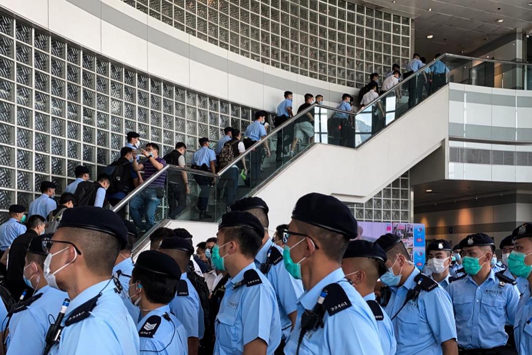 2020年8月10日,逾二百名警員進入壹傳媒大樓搜查。