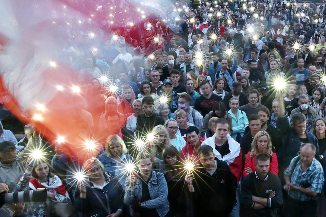 2020年8月19日,白羅斯首都明斯克,民眾在獨立廣場參加反政府集會。 攝:Valery Sharifulin\Getty Images