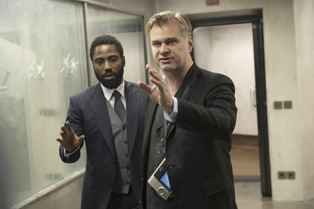 導演Christopher Nolan在《天能》拍攝現場。