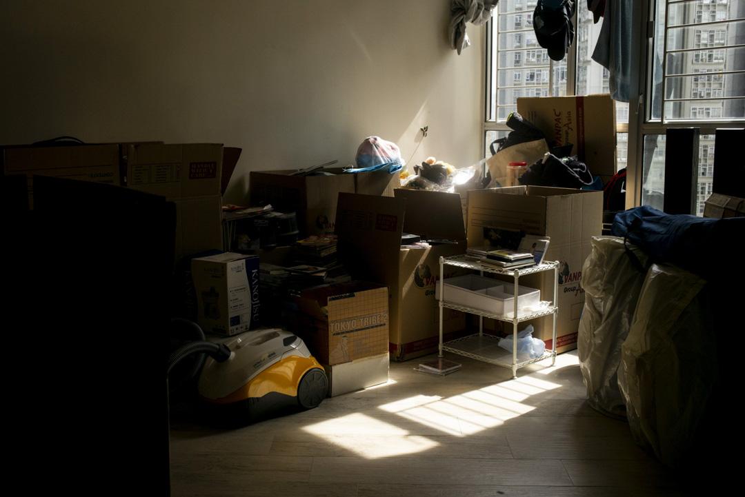 數月前,Tina與Andee賣樓了,臨行前一直在清理和收拾。