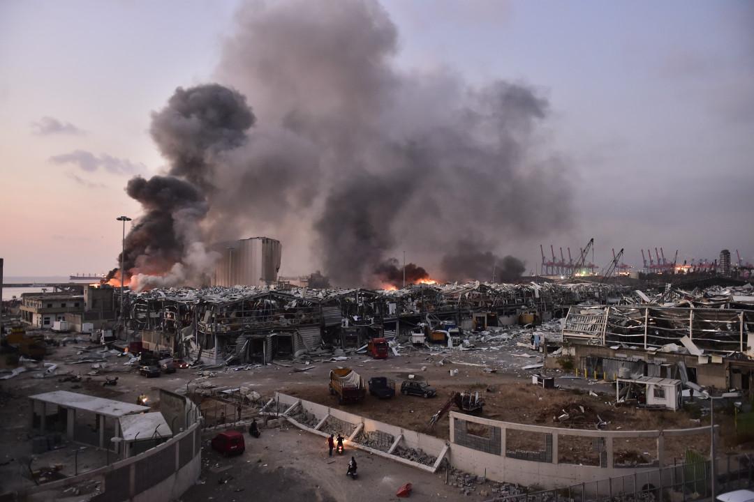 2020年8月4日,黎巴嫩首都貝魯特港口附近發生劇烈爆炸。 攝:Houssam Shbaro/Getty Images