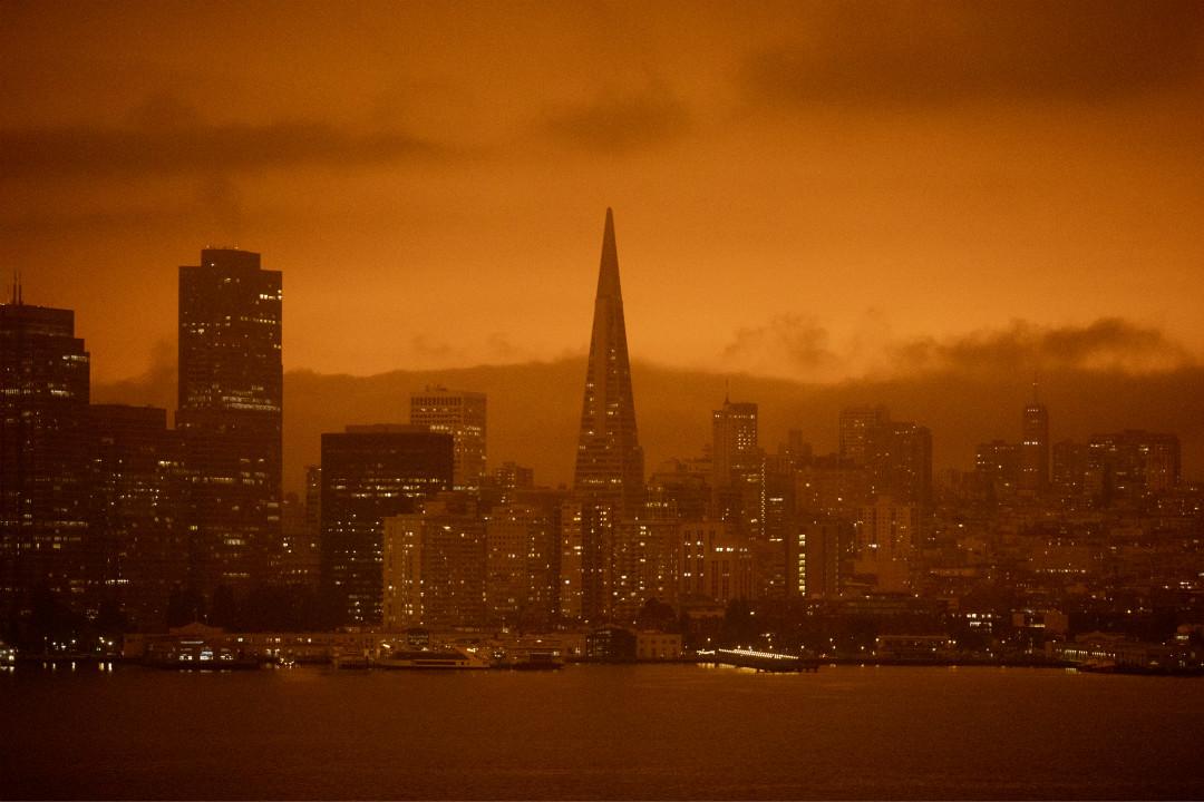 2020年9月9日,美國加州三藩市,天空變成橙色。 攝:Jessica Christian/Getty Images
