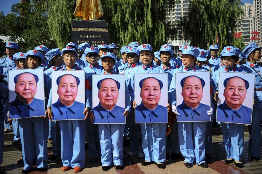 2019年9月9日哈爾濱,人們在紀念中國前領導人毛澤東逝世43週年。