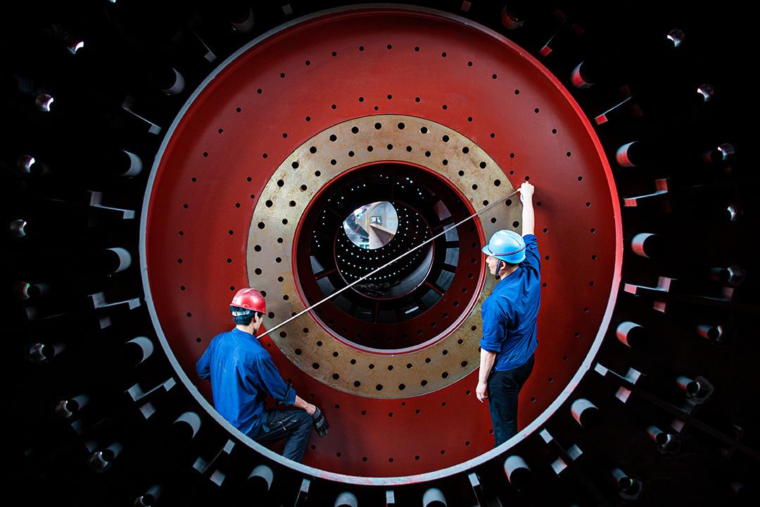 2020年6月15日中國海安市,工人生產大型建築材料和設備出口到「一帶一路」沿線國家。