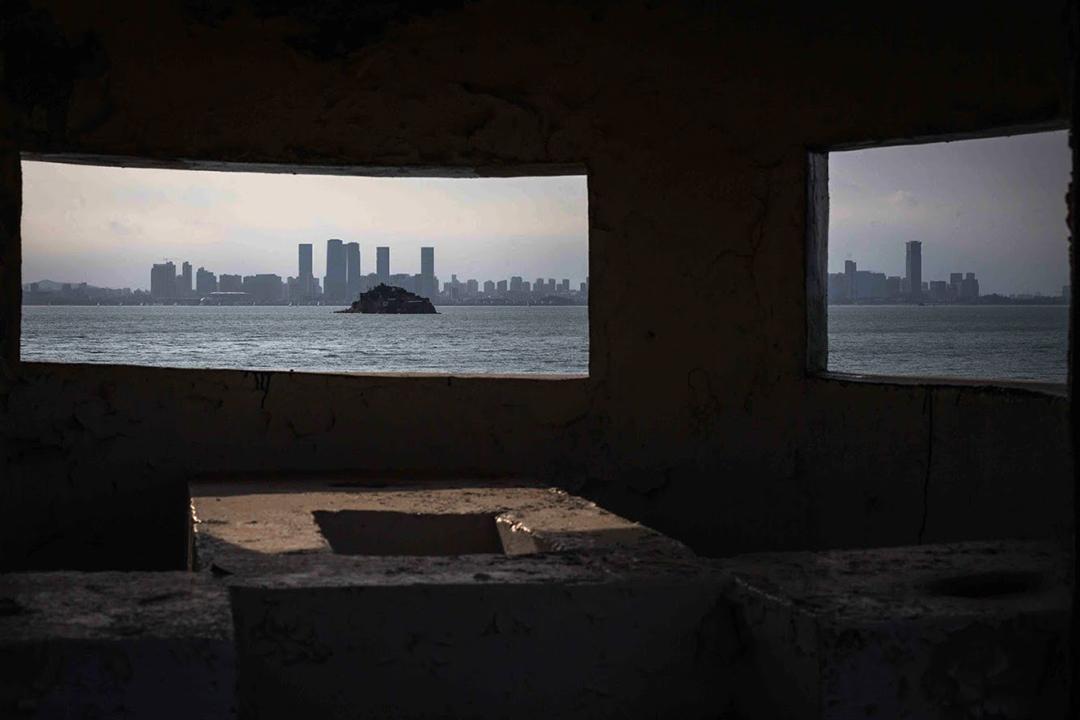 2019年8月21日,台灣小金門的碉堡對岸是中國廈門市。