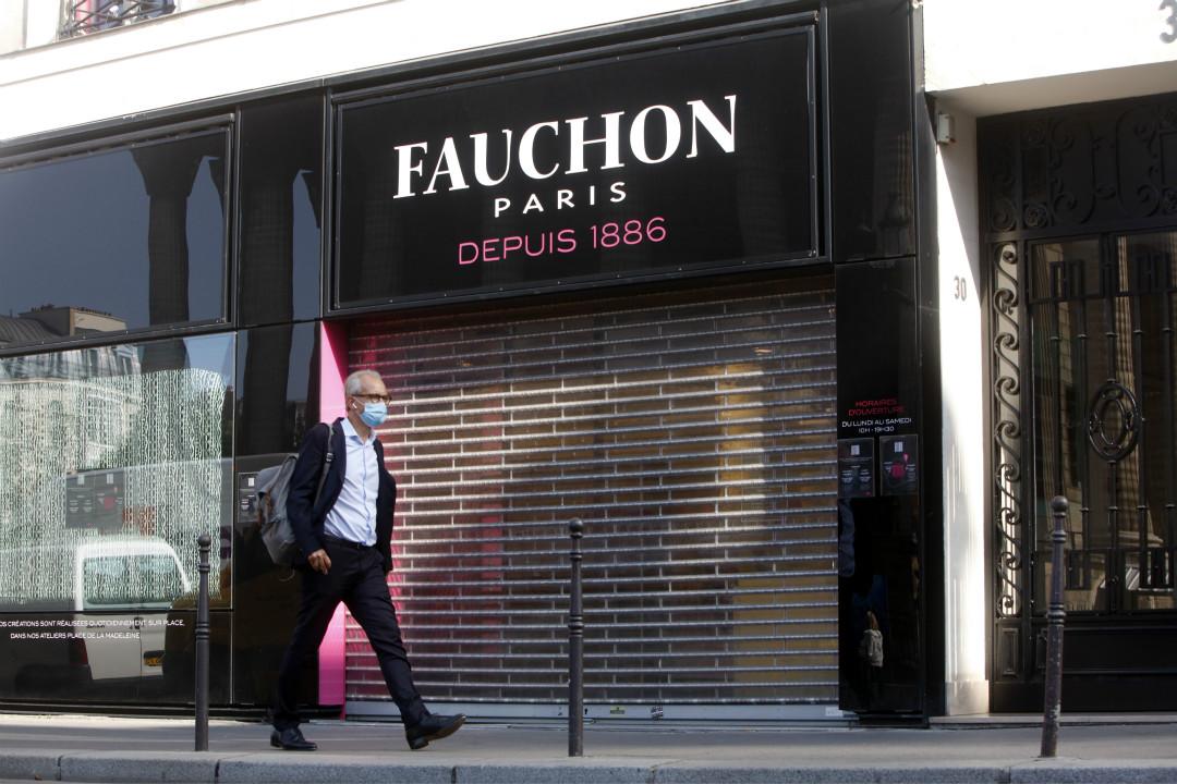 2020年9月17日,受疫情及持續抗議影響,法國134年歷史甜品店 Fauchon 將關閉巴黎兩家旗艦店。 攝:Mehdi Taamallah/Getty Images