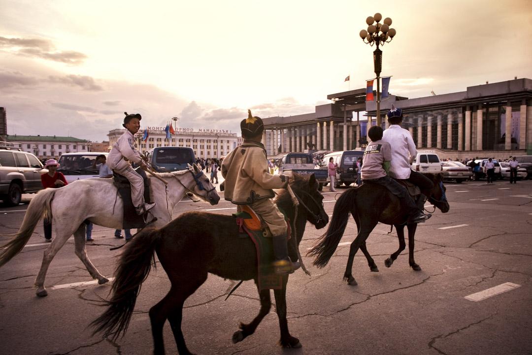 蒙古烏蘭巴托成吉思汗廣場,那達慕大會。