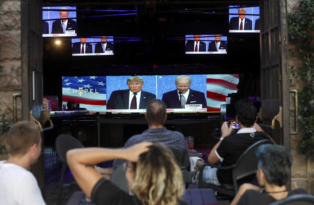 2020年9月29日,美國兩位總統候選人民主黨的拜登與共和黨現任總統特朗普展開首場電視辯論。 攝:Mario Tama/Getty Image