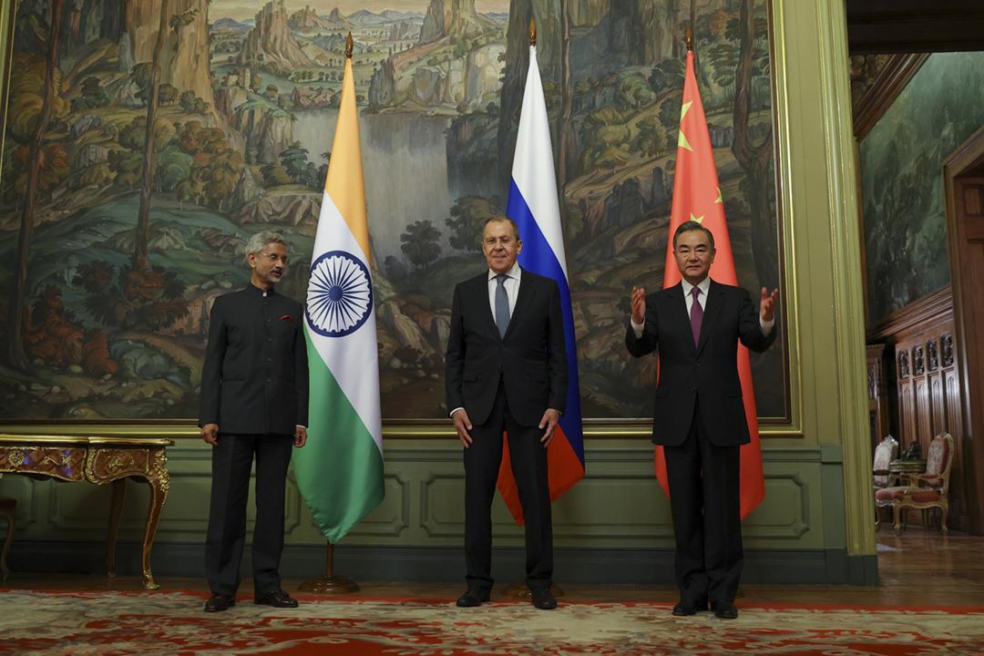 2020年9月10日在俄羅斯莫斯科,俄羅斯、印度及中國舉行三國外長會談。 圖片來源:Russian Foreign Press Service / Handout / Anadolu Agency via Getty Images