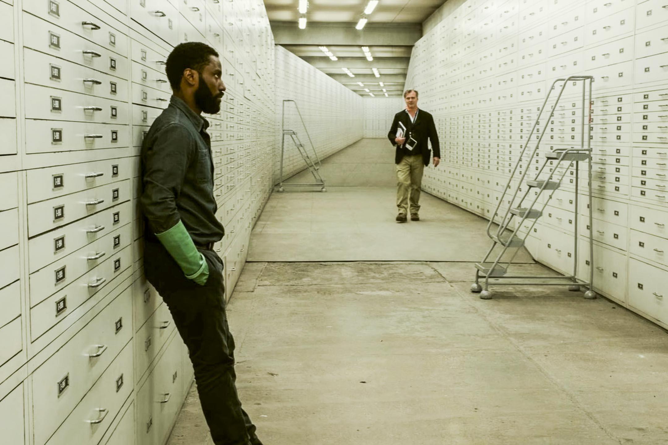 導演Christopher Nolan在《TENET天能》拍攝現場。 網上圖片