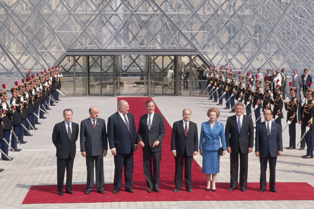 1989年07月01日,G7峰會開幕,各國元首大合照。