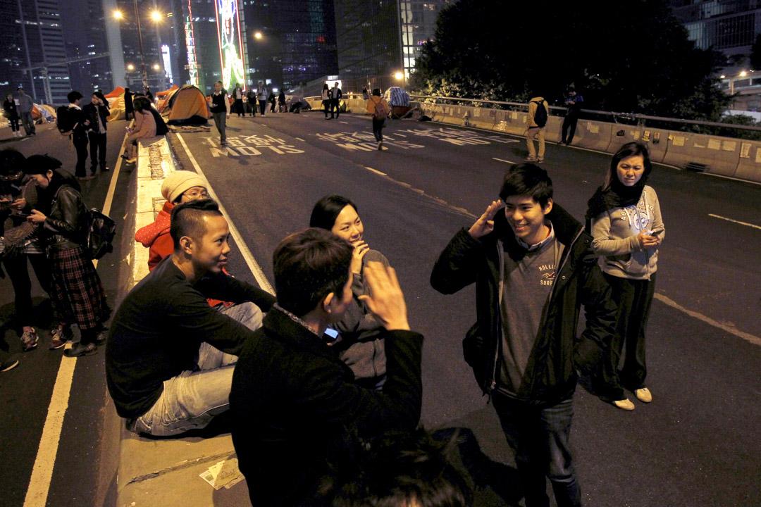 2014年12月9日,岑敖暉在金鐘佔領區。