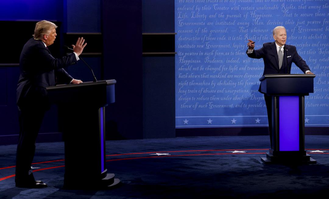 2020年9月29日,美國總統選舉首場競選辯論,共和黨候選人特朗普和民主黨總統候選人拜登針鋒相對。 攝:Brian Snyder/Reuters/達志影像