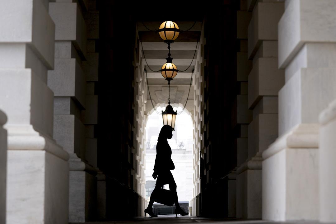 2020年10月21日,美國最高法院提名人艾米·康尼·巴雷特到達國會大樓。