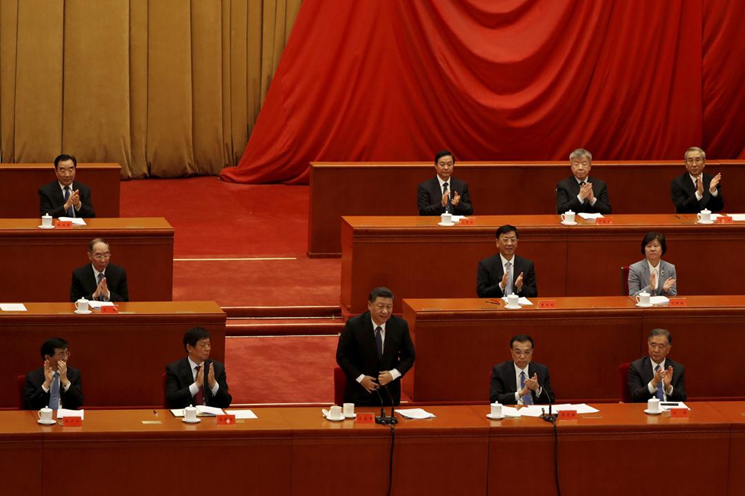 中國共產黨十九屆五中全會今天閉幕,全會提出於2035年基本實現社會主義現代化遠景目標、「十四五」時期經濟社會發展指導思想及原則、2027年實現建軍百年奪鬥目標等。 攝:Carlos Garcia Rawlins / Reuters
