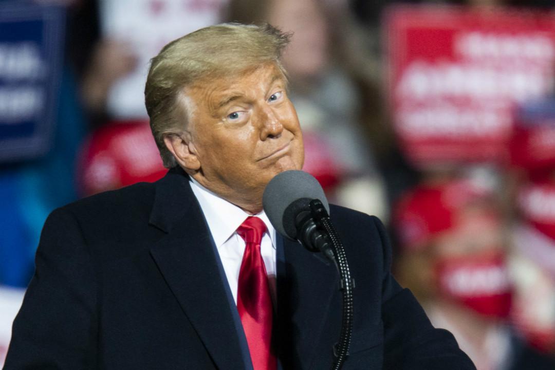 2020年10月31日,特朗普在賓夕法尼亞州蒙圖斯維爾(Montoursville)舉行集會。 攝:Eduardo Munoz Alvarez/Getty Images