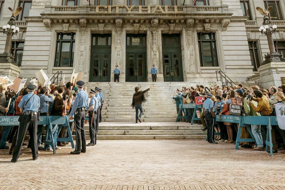 《芝加哥七人案:驚世審判》(The Trial of the Chicago 7)劇照。 網上圖片