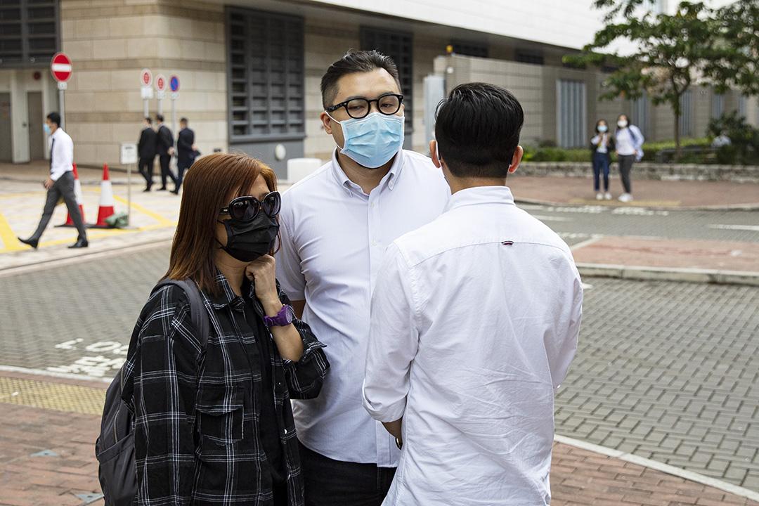 2020年11月23日,市民證人蒙偉傑(中)出庭作證。