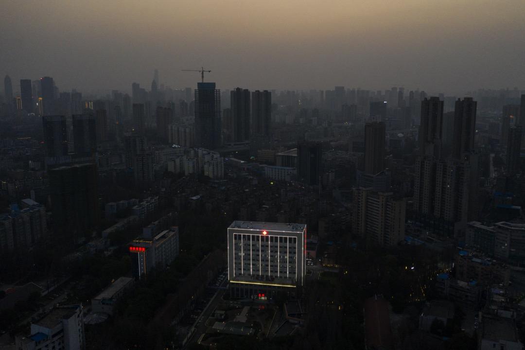 2020年3月1日,武漢封城期間的一家醫院。