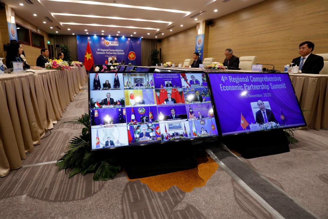 2020年11月15日,越南河內,第四屆區域全面經濟夥伴關係峰會。 攝:Nguyen Huy Kham/Reuters