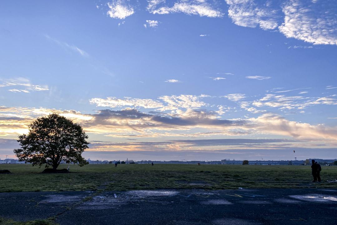 Tempelhof僻靜處的夕陽。