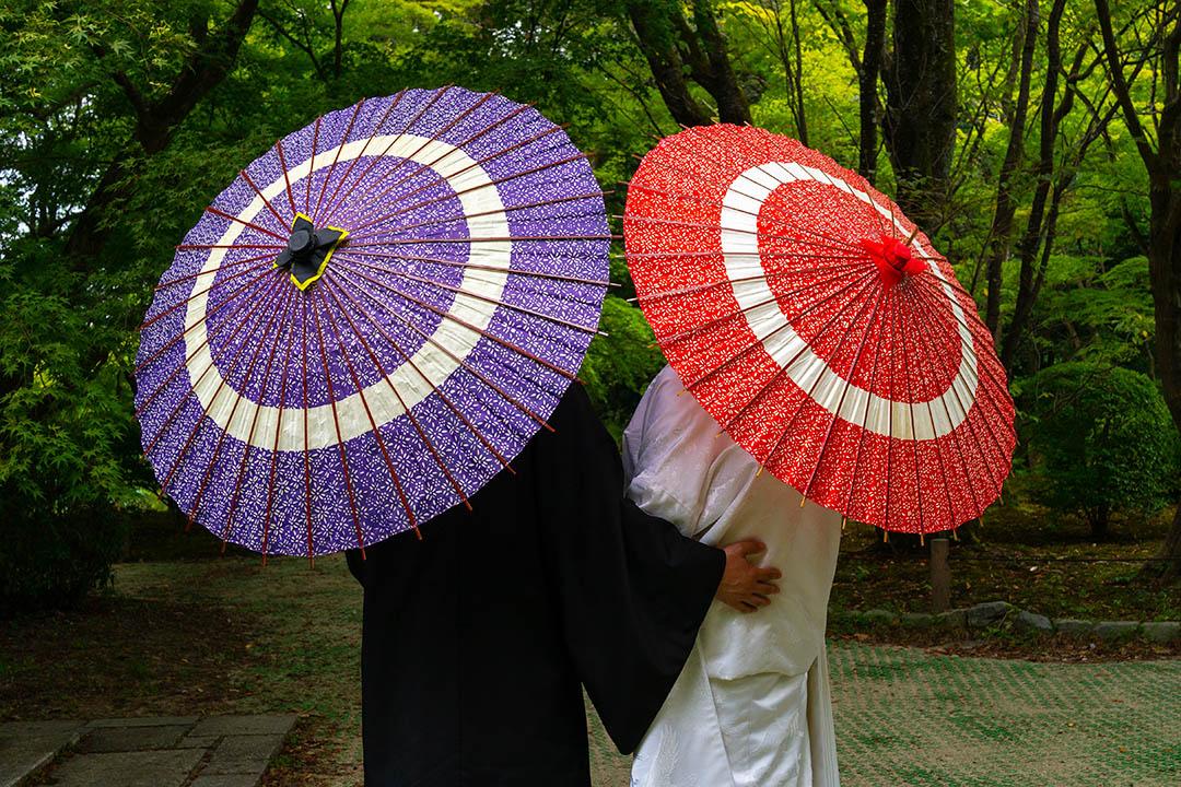 2018年8月8日日本京都,一對情侶在植物園。 攝:Eric Lafforgue/Corbis via Getty Images