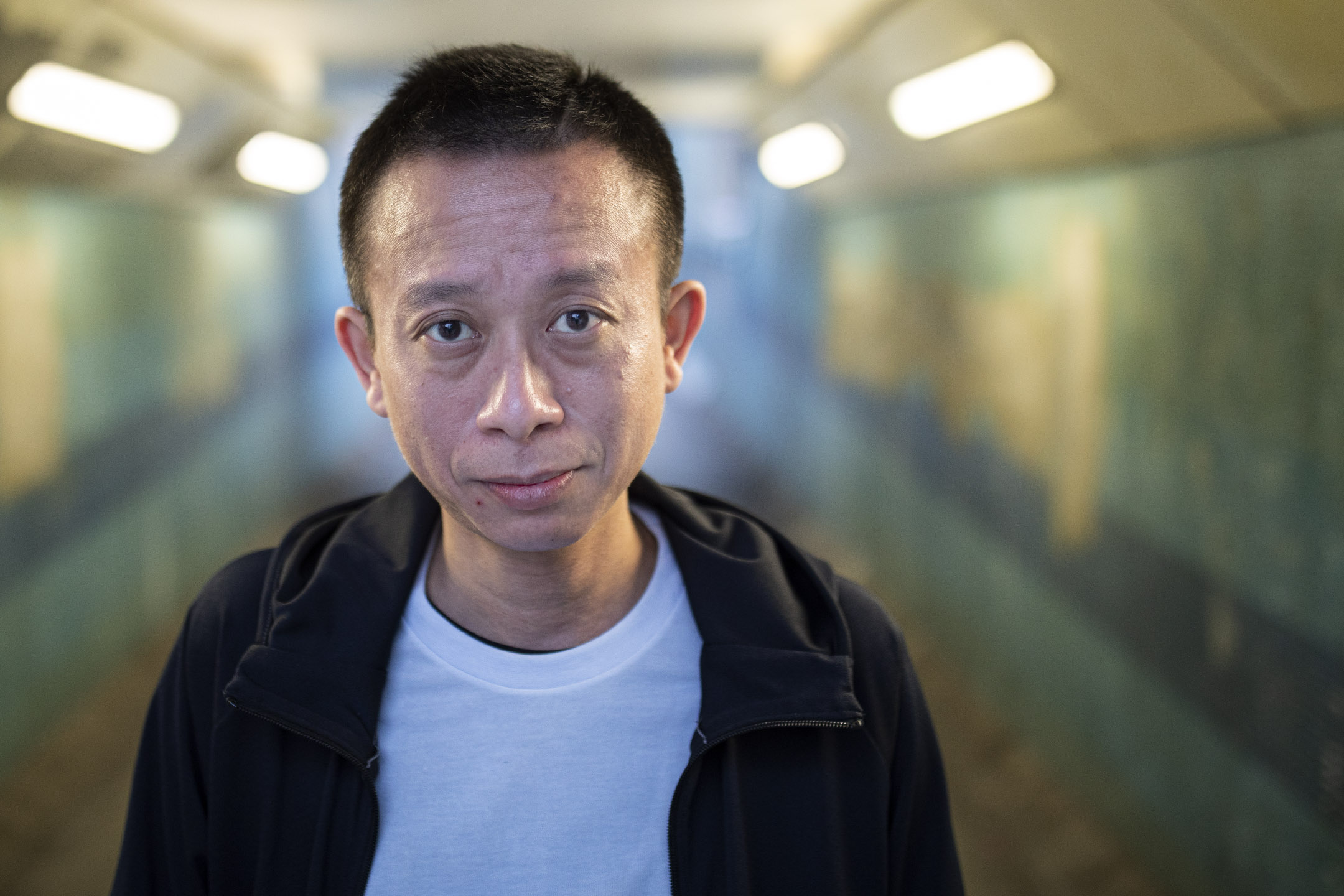 前有線新聞記者冼程峰。