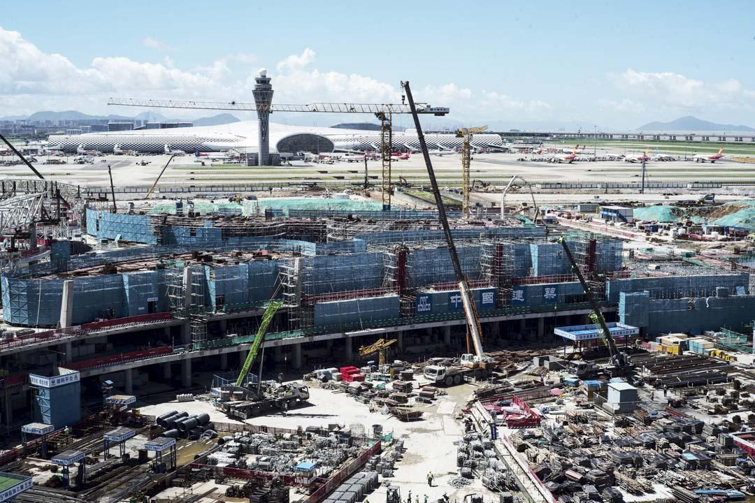 2020年6月17日,深圳寶安國際機場新的候機大樓正在興建中。