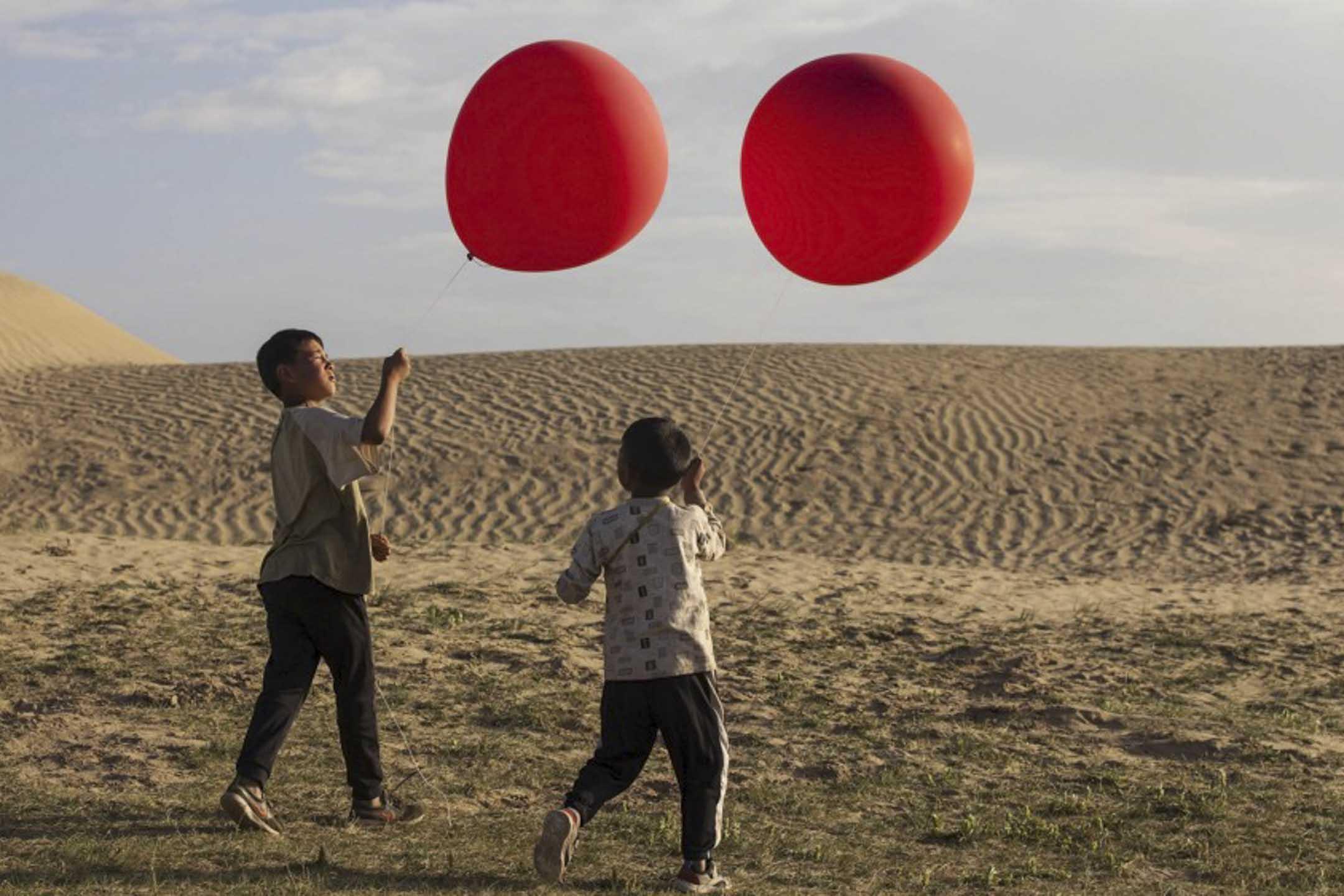 萬瑪才旦的《氣球》電影劇照。 網上圖片