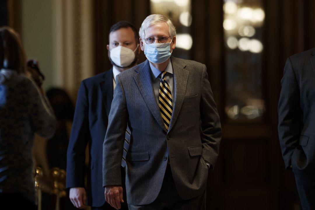 2020年12月30日,美國參議院多數派領袖麥康奈爾(Mitch McConnell)拒絕通過派錢2000美元法案。 攝:Ting Shen/Getty Images