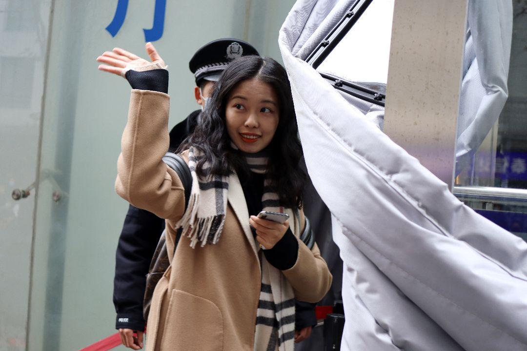2020年12月2日,北京,弦子訴朱軍性騷擾案首次開庭。 攝:Florence Lo/Reuters