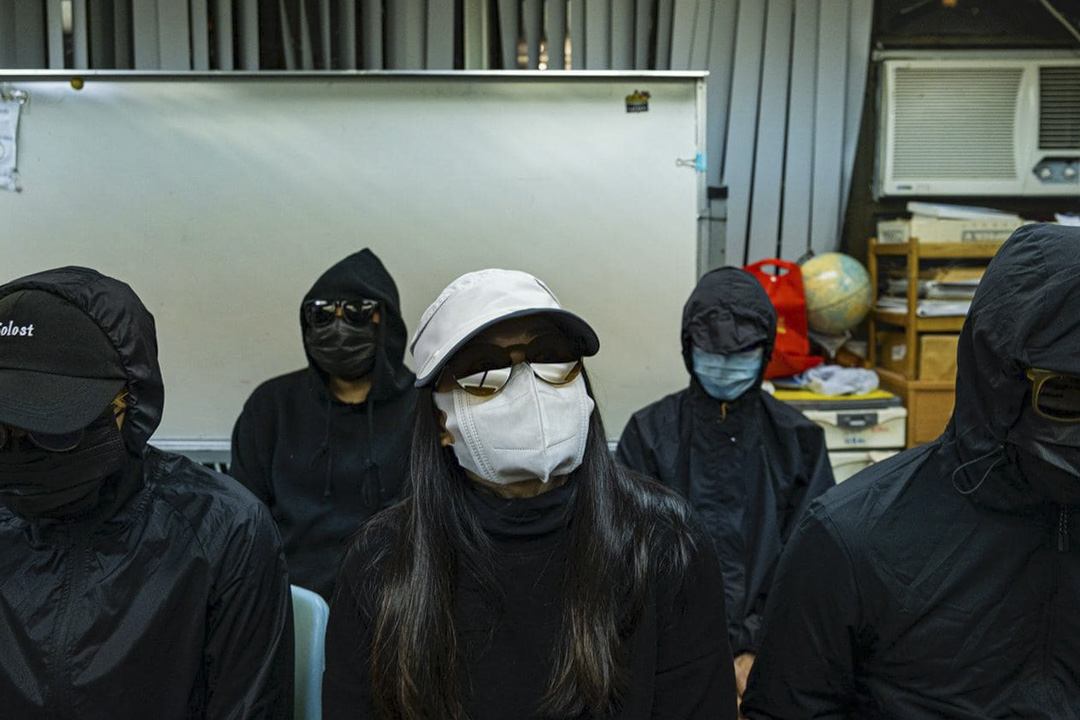 2020年12月28日,12港人案在深圳鹽田法院開審,五名家屬就事件召開記者會。