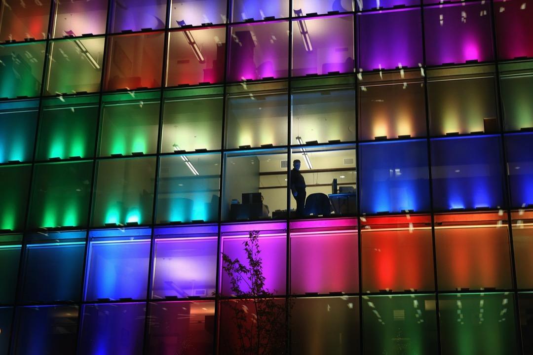 Levels.fyi 公佈了2020年美國軟體工程師的薪水報告,列出了每個級別薪水最高的7間公司。圖為美國芝加哥的一座商業大廈。 攝:Scott Olson/Getty Images
