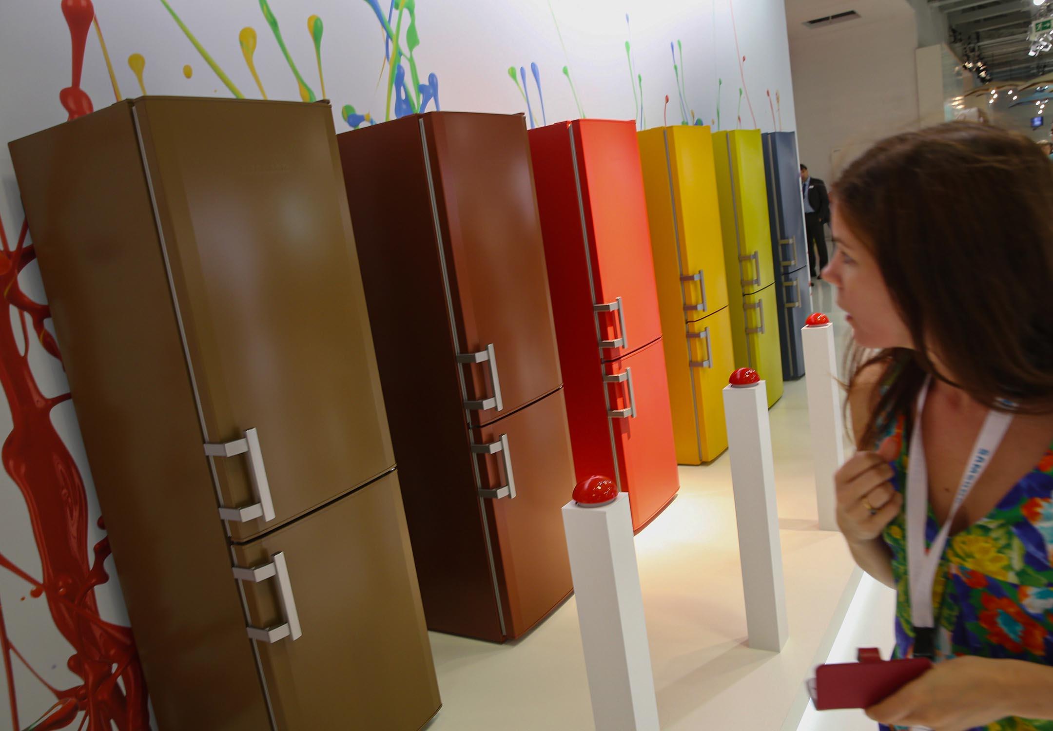 2014年9月5日柏林,一列冰箱在家電展上。 攝:Sean Gallup/Getty Images