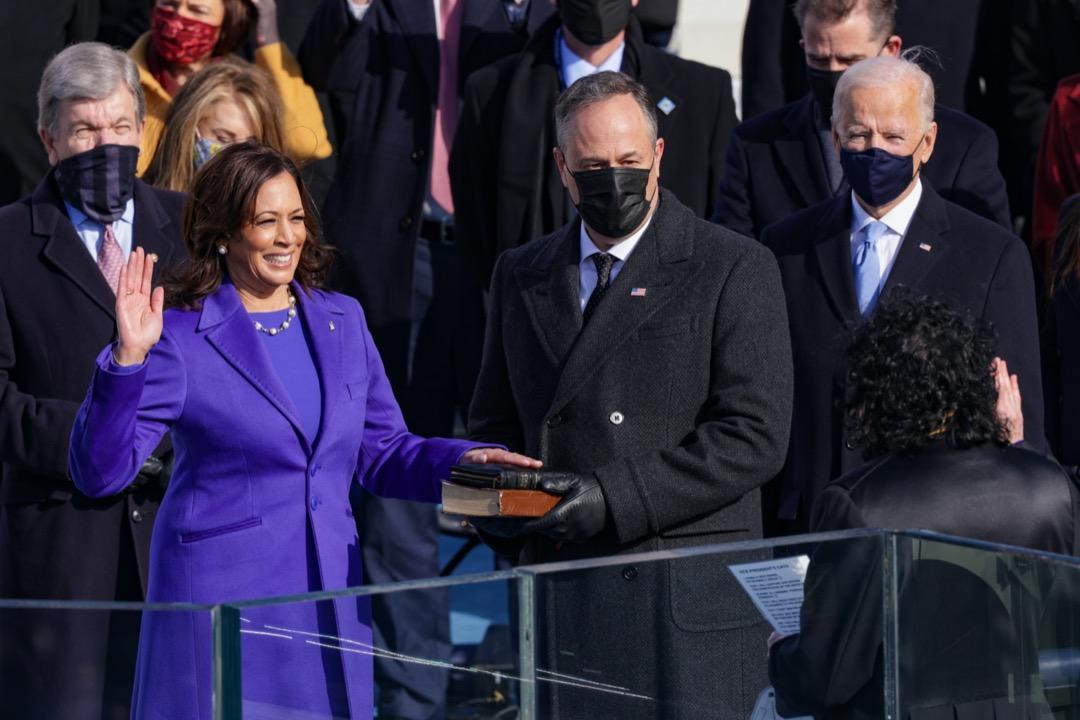 2021年1月20日,副總統賀錦麗宣誓就職。