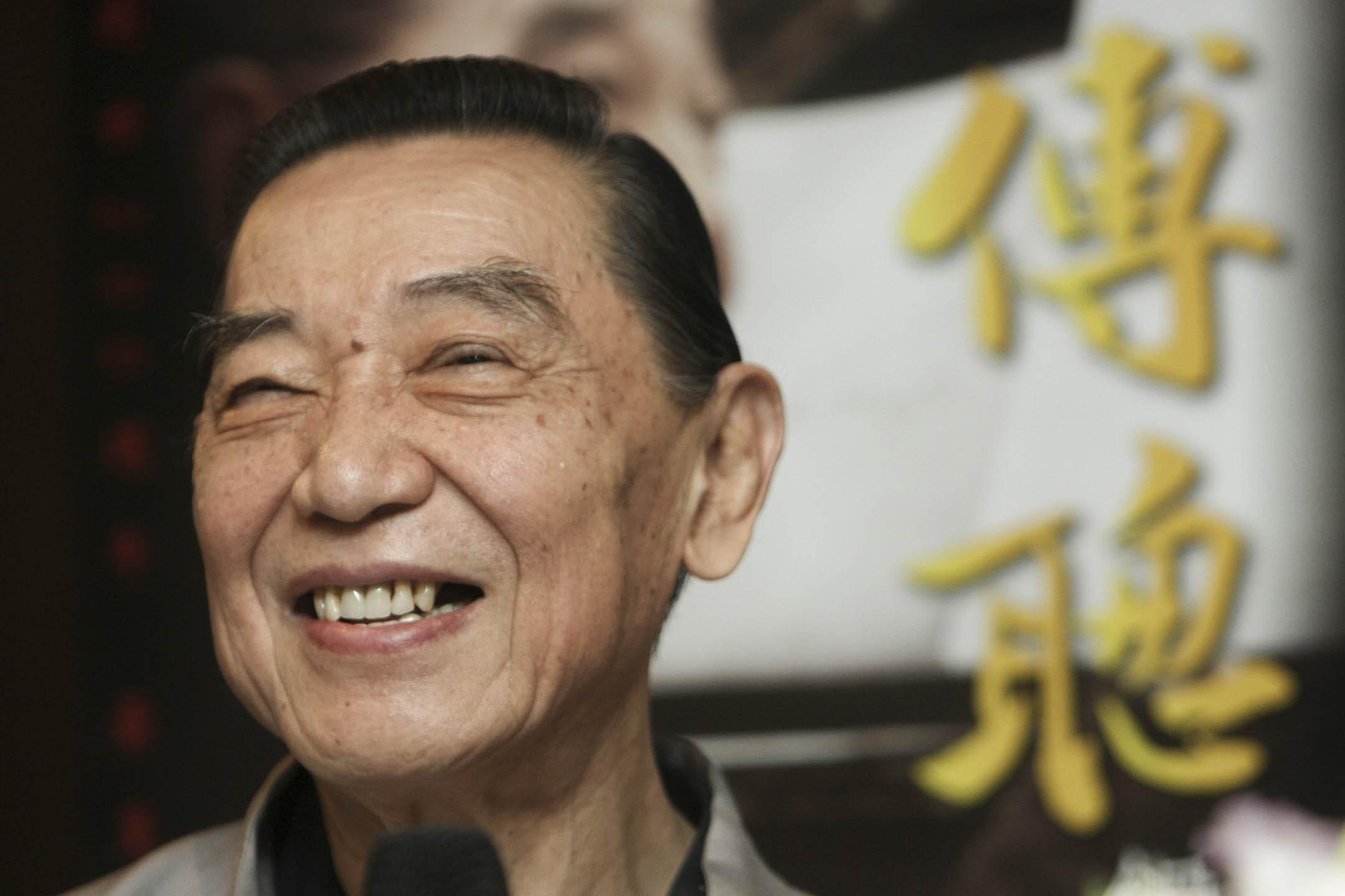 華人鋼琴家傅聰因感染2019冠狀病毒於當地時間12月28日在英國逝世,終年86歲。圖為2009年10月2日,傅聰在台北舉行的鋼琴演奏會記者會上。  攝:Unioncom/VCG via Getty Images