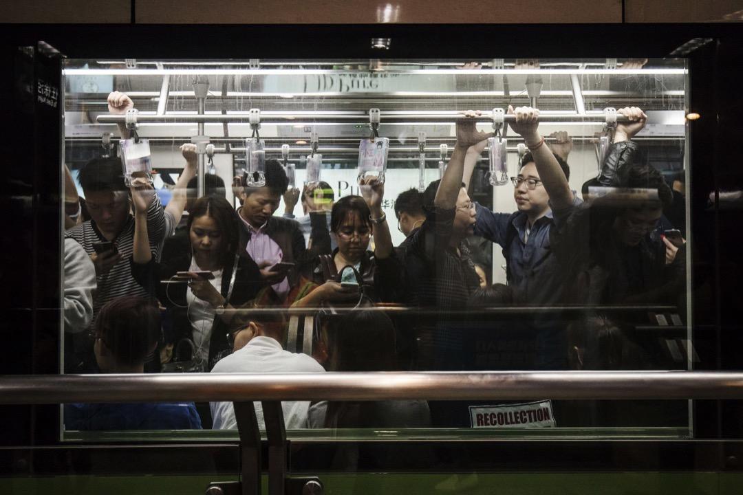 上海地鐵。