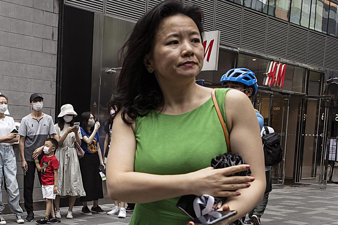 2020年8月12日,成蕾在中國北京出席一項公開活動。兩天後的8月14日,澳洲政府接獲中方通報,指當局已經對成蕾實施監視居住。 攝:Ng Han Guan / AP