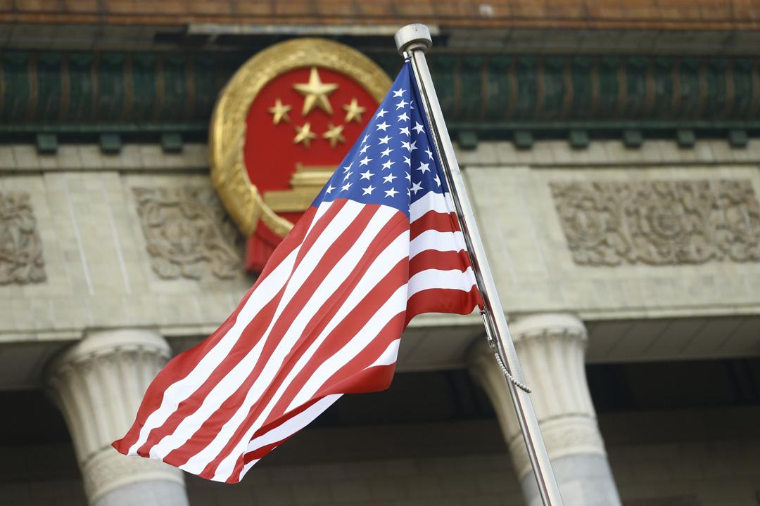 2017年11月9日,北京掛上了美國國旗迎接美國總統特朗普的到訪。