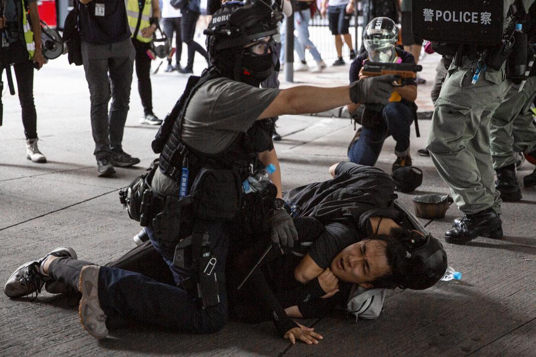 2020年7月1日,警方在銅鑼灣現場拘捕一名男子。