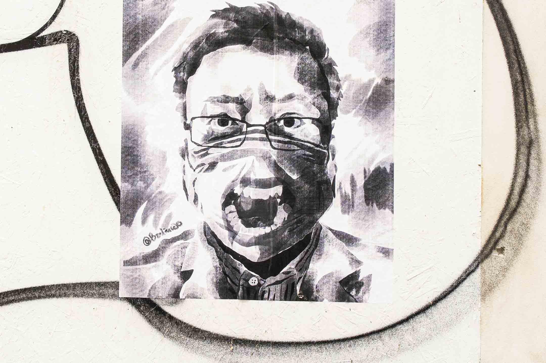 2月7日是官方宣佈的中國醫生李文亮去世一週年的日子。圖為2020年3月26日,一位匿名的中國藝術家在捷克布拉格展示紀念李文亮醫生的作品。 攝:Libor Sojka/CTK via AP/達志影像