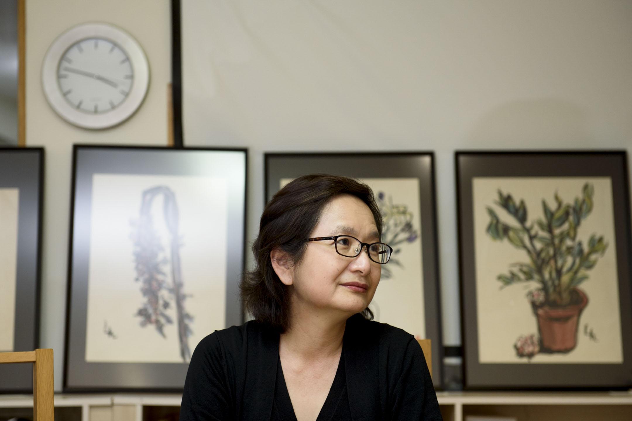 退休之後的李靜宜,開了一間出版社,一人兼起編輯、翻譯的角色,日子並不比在總統府時還要清閒。