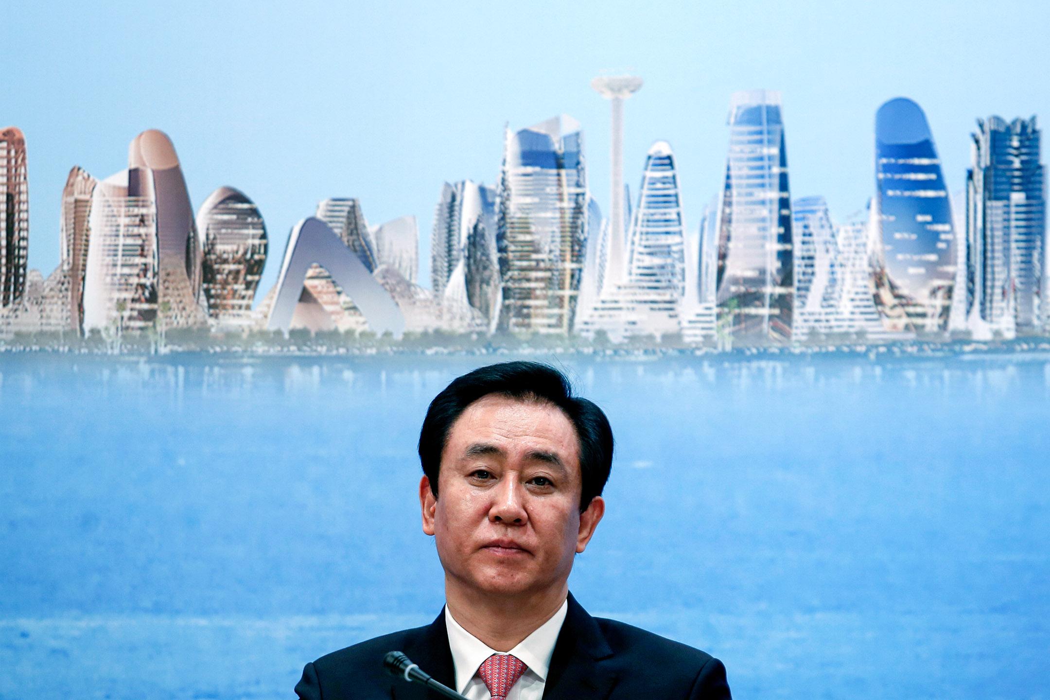 2017年3月28日中國香港,中國恒大集團董事長許家印出席有關房地產開發的年度業績發布會。