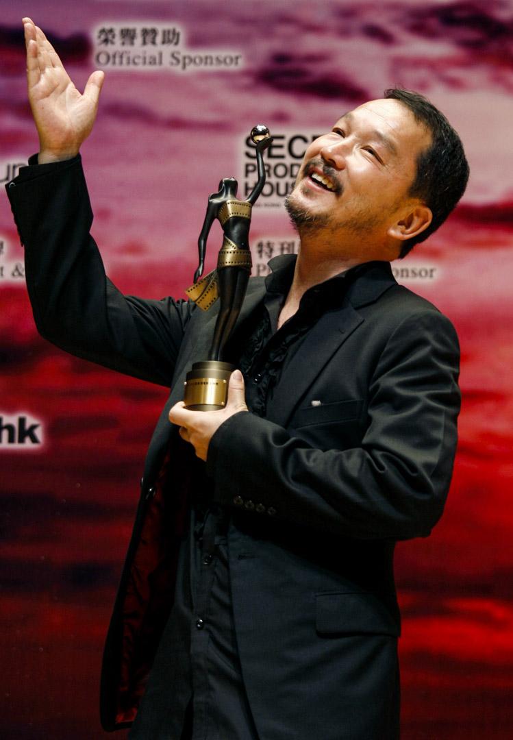 廖啟智於2009年憑《証人》榮獲香港電影金像獎最佳男配角獎。