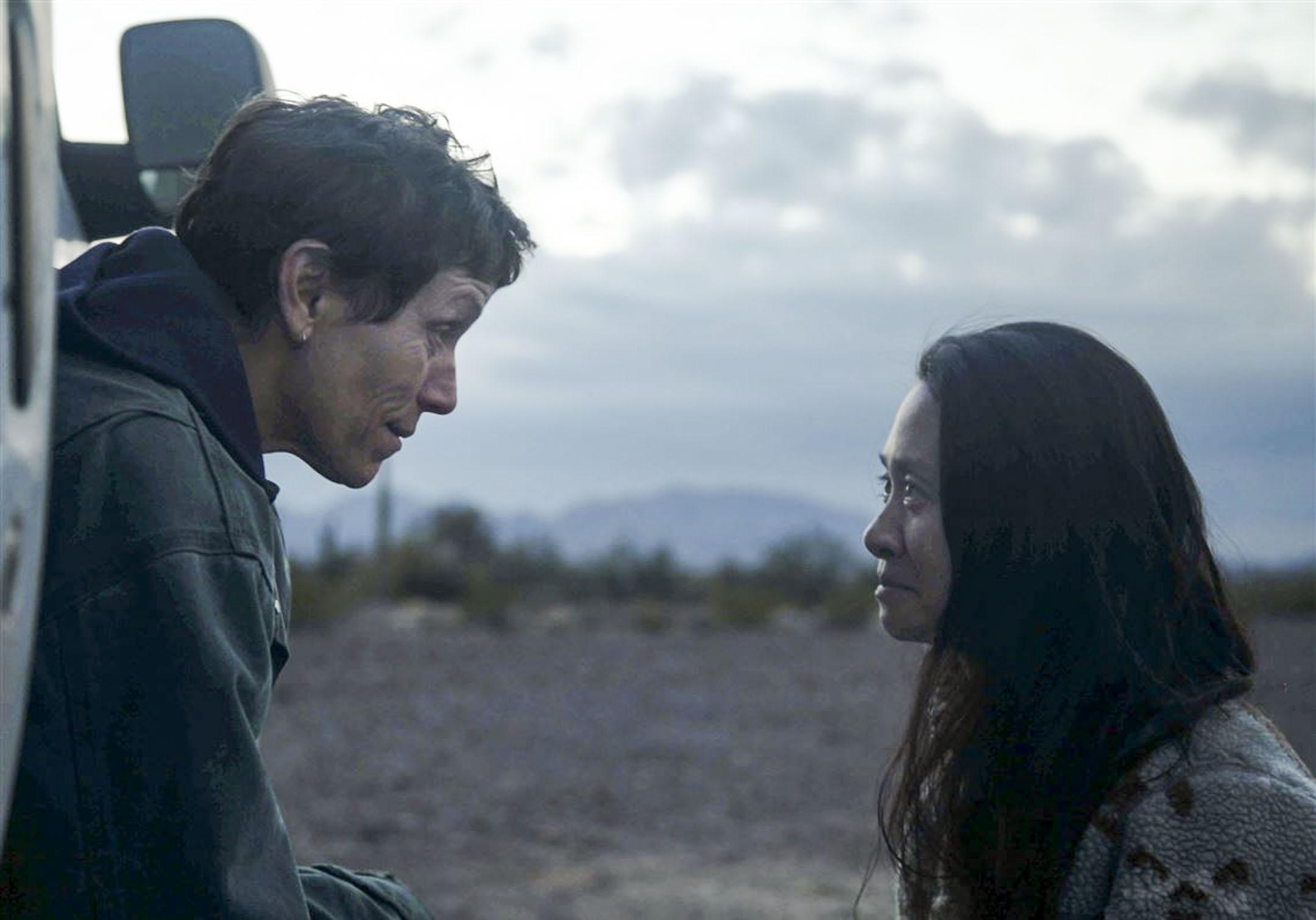 《無依之地》(Nomadland)女主角Frances McDormand與導演趙婷。 網上圖片