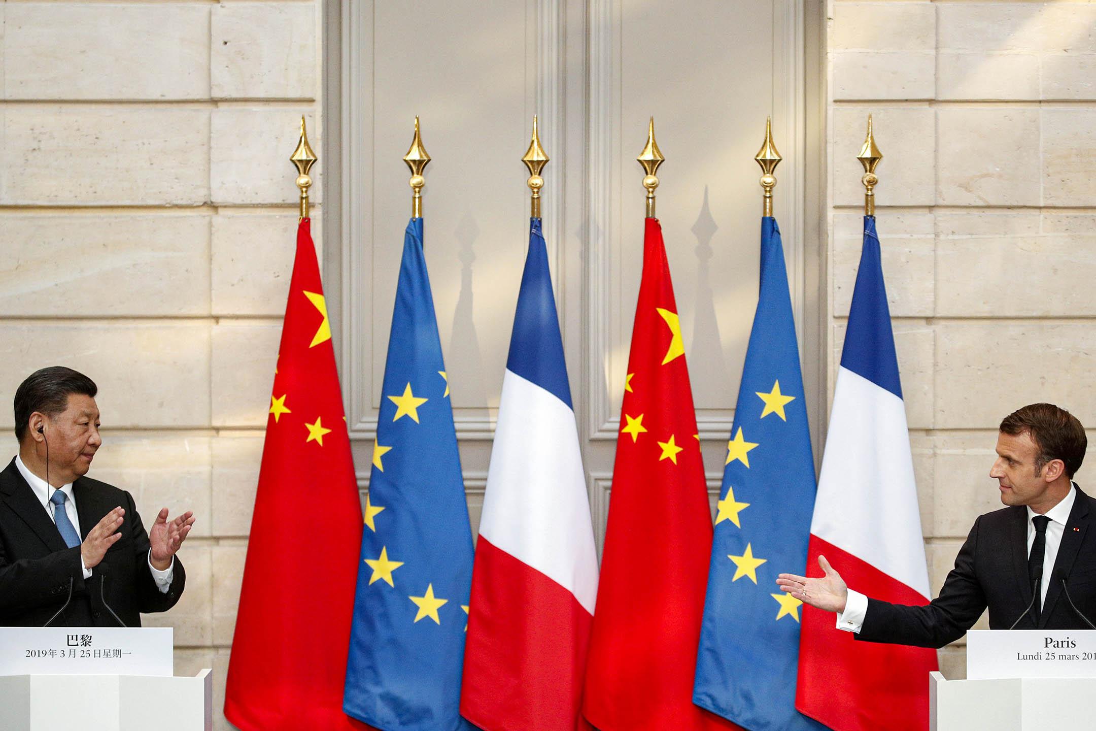 2019年3月25日法國巴黎,法國總統馬克龍(Emmanuel Macron)和中國國家主席習近平在會議後會舉行新聞發布會。 攝:Yoan Valat/Reuters/達志影像